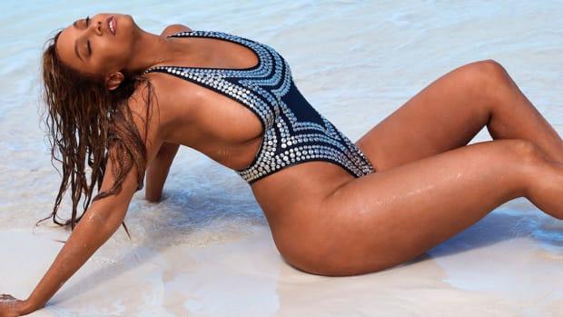 Tyra Banks Hero Image