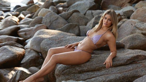 Paige VanZant Hero Image