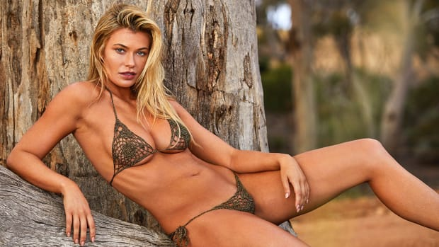 Samantha Hoopes Hero Image