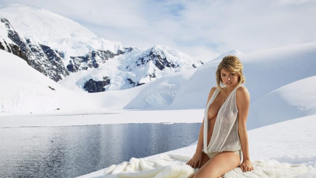 kate-upton-antarctica-youtube-4.jpg