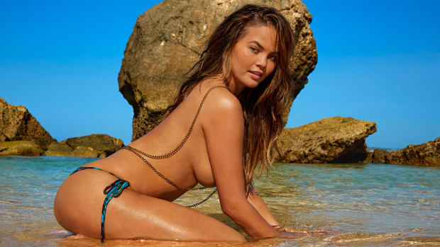 chrissy-teigen-quiz-john-legend.jpg