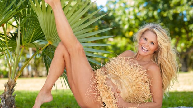 christie-brinkley-jiggly-legs.jpg
