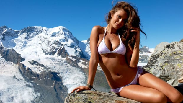 One-on-one with SI Swimsuit model Emily DiDonato - Image
