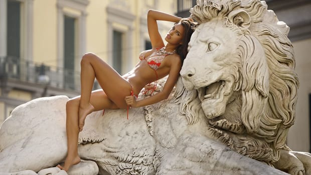 irina-shayk-2009-Ricardo-Tinelli3.jpg