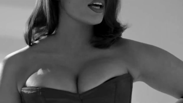 ashley-graham-jessica-rabbit.jpg