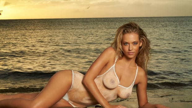 Hannah Ferguson 2014 Swimsuit body paint 1
