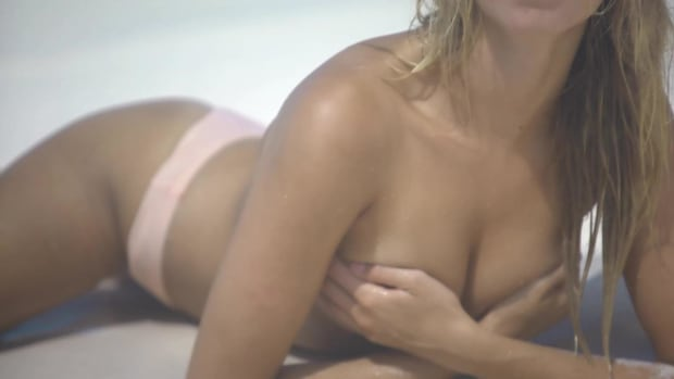 Hailey Clauson Outtakes SI Swimsuit 2018