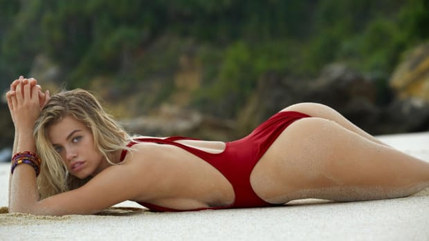 hailey-clauson-sumba-lead.jpg