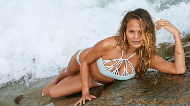 chrissy-teigen-mermaid-lead.jpg