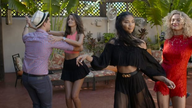 Salsa Lessons with Swimsuit Models IMAGE