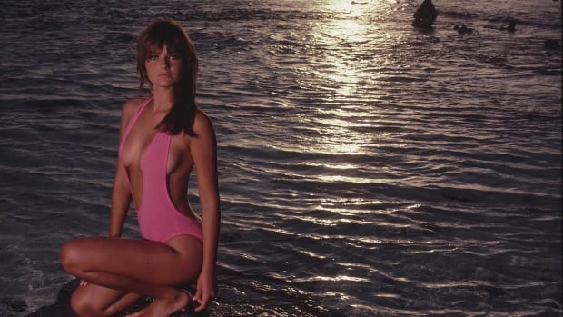 Paulina Porizkova SI Swimsuit 1992 (image)
