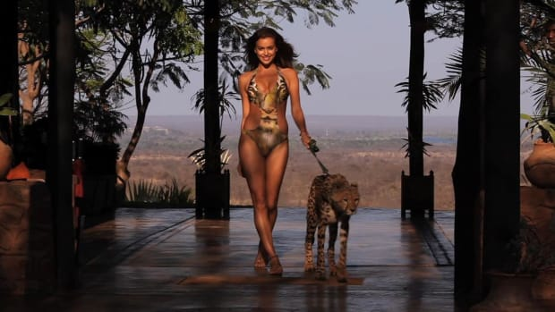 SI Swimsuit Models with Exotic Animals