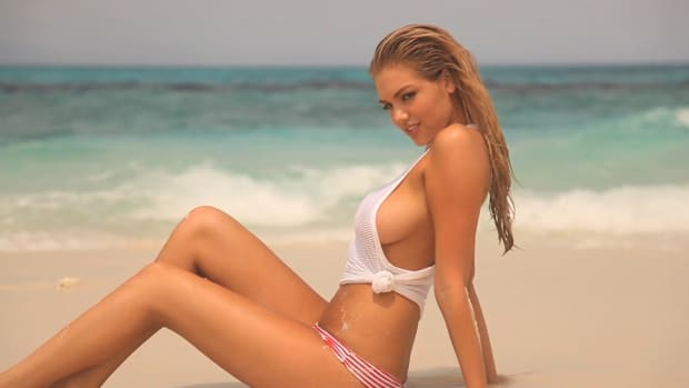 Kate Upton in Australia SI Swimsuit 2012 (image)