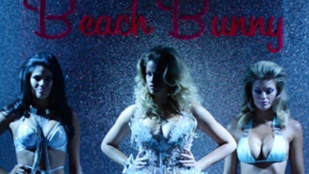 beach-bunny-hoopes-clauson-dbltall.jpg