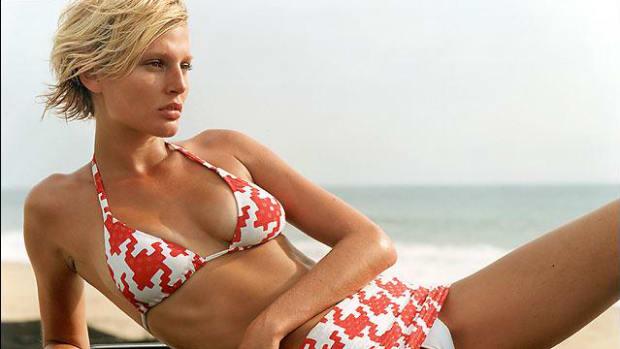 Bridget Hall SI Swimsuit 2002 (image)