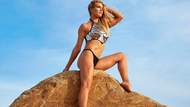 genie-bouchard-wonder-woman.jpg