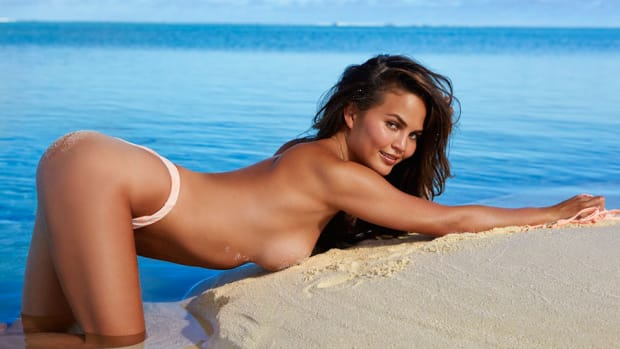 chrissy-teigen-underwear-drawer-lead_0.jpg