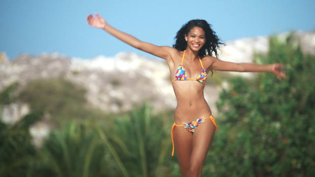Chanel Iman Outtakes SI Swimsuit 2014 (image)