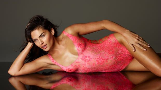 alyssa-miller-body-paint-2011-1.jpg