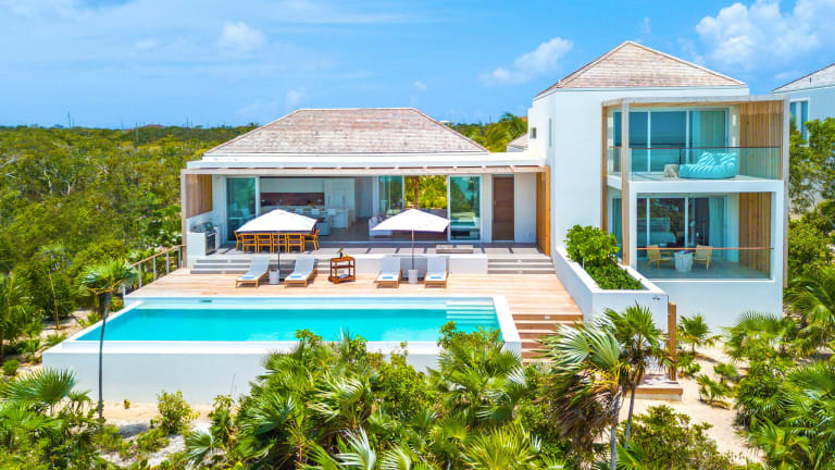 Where to Stay in Turks & Caicos: Beach Enclave
