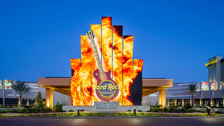 Learn to Play the Guitar at Hard Rock Hotel & Casino Sacramento at Fire Mountain