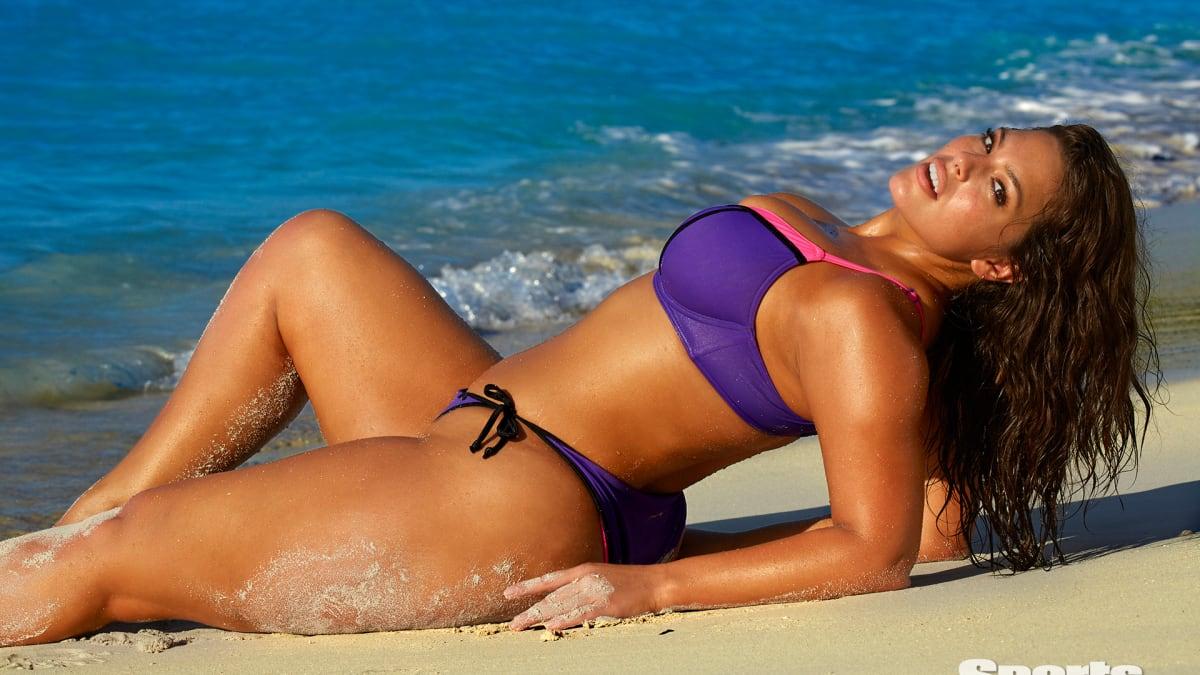 Ashley Graham 2016 Swimsuit Photo Gallery Swimsuit Si Com
