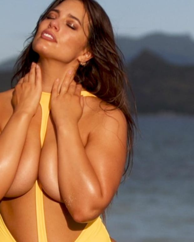 Ashley Graham wears a swimsuit backwards