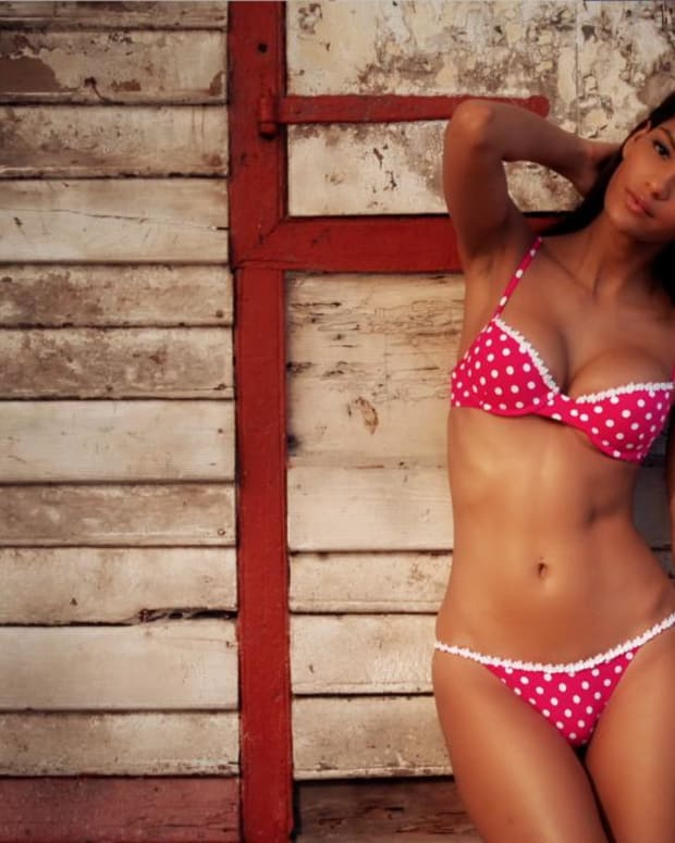 Cris Urena Swimsuit video 2014 2157889318001_4707208808001_2847804922001-vs.jpg