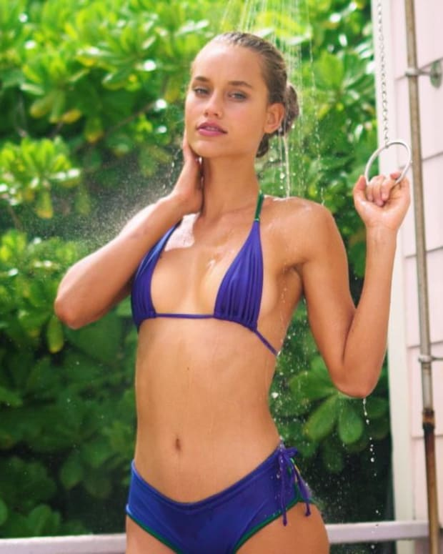 Chase Carter Gets the Perfect Shower Shot