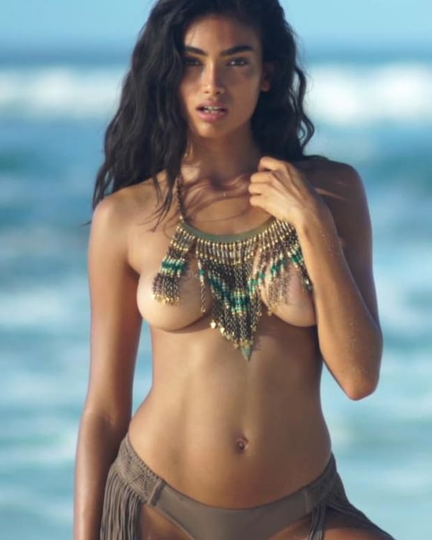 Kelly Gale SI Swimsuit 2017 Intimates