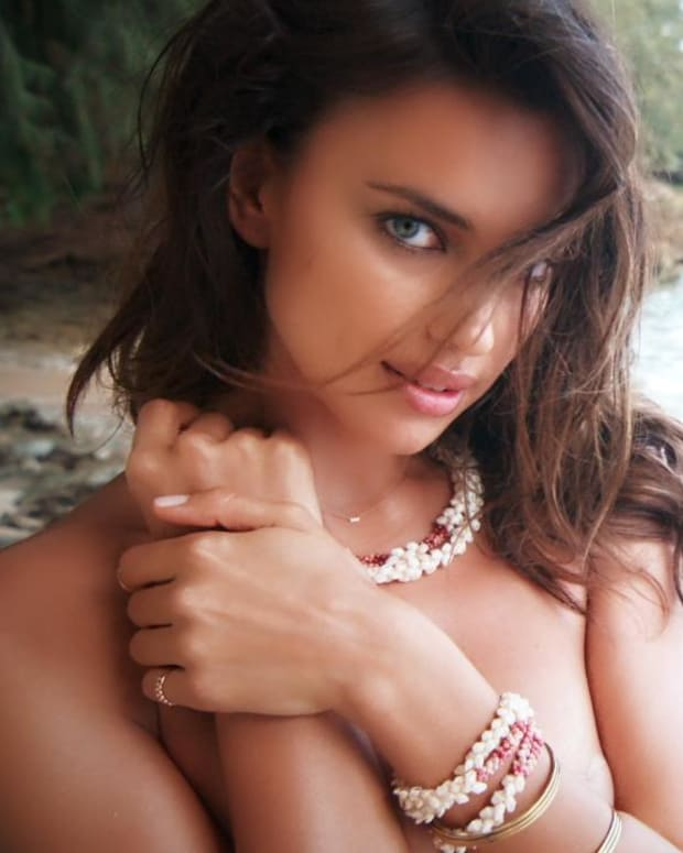 Irina Shayk Swimsuit video 2015 2157889318001_4707288186001_3850898974001-vs.jpg