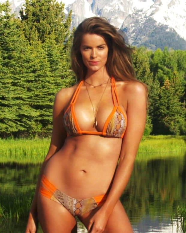 Roby Lawley, Sports Illustrated Swimsuit 2015, rookie reveal, australian model, hot, sexy, Girls in Bikini, beautiful, fun, swim daily (image)