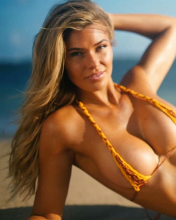 Samantha Hoopes moves her body in ways you have never seen her do before