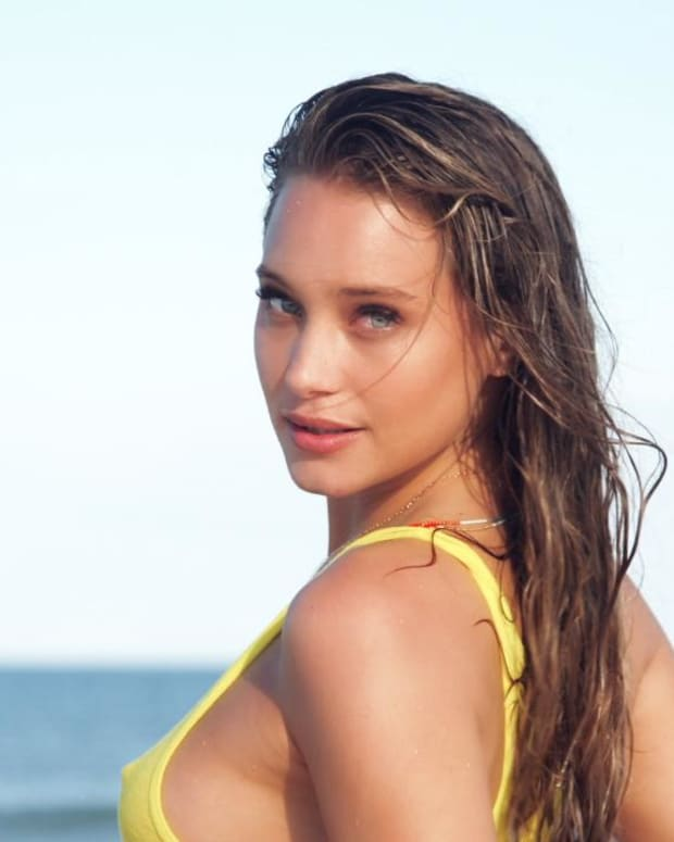 Hannah Davis Swimsuit video 2014 2157889318001_4707243995001_2943605452001-vs.jpg