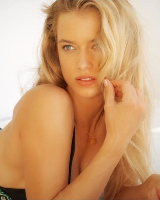 Hannah Ferguson Swimsuit video 2014 2157889318001_4707257439001_2943586596001-vs.jpg