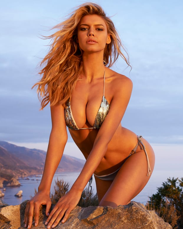 kelly rohrbach 2015 web photo x158431_tk3_08_05066-rawmasterwm.jpg