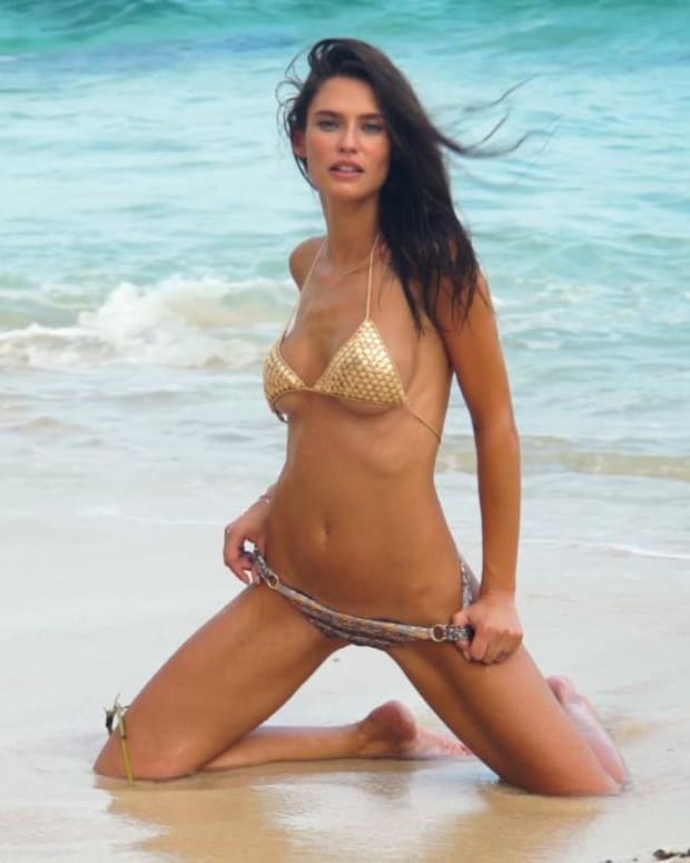 Bianca Balti's SI Swimsuit 2017 Intimates