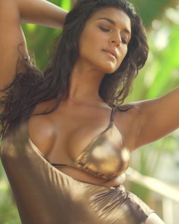 Michelle Vidal SI Swimsuit Open Casting Call Top 15
