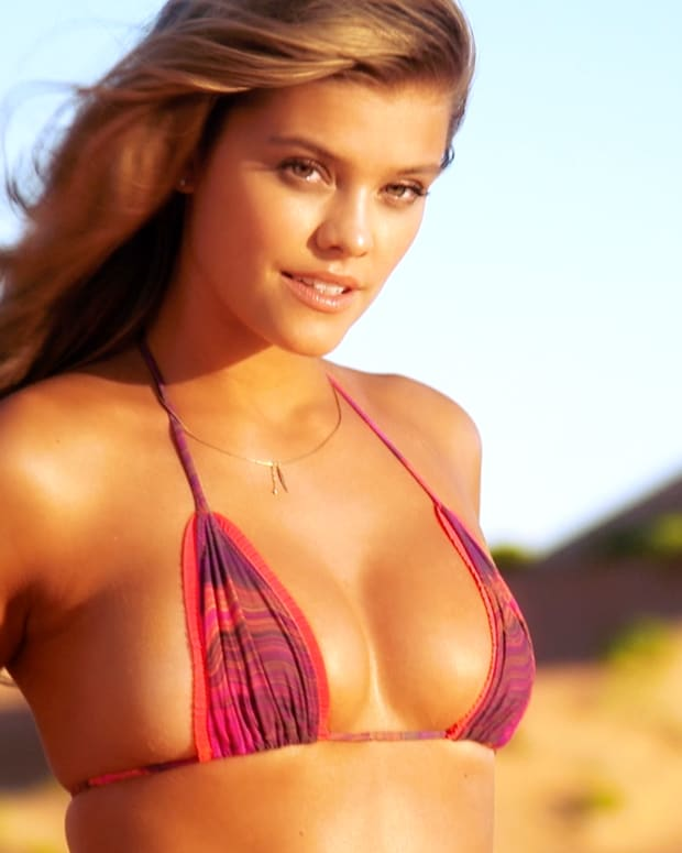 Sports Illustrated's Swimsuit Live IMG