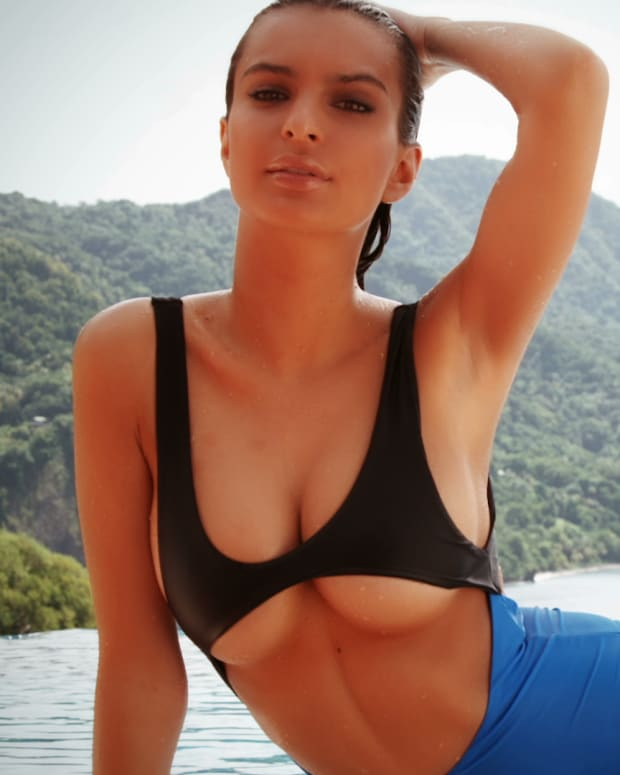 Emily Ratajkowski Swimsuit video 2014 2157889318001_3786371899001_011514-EMILY-Profile.jpg