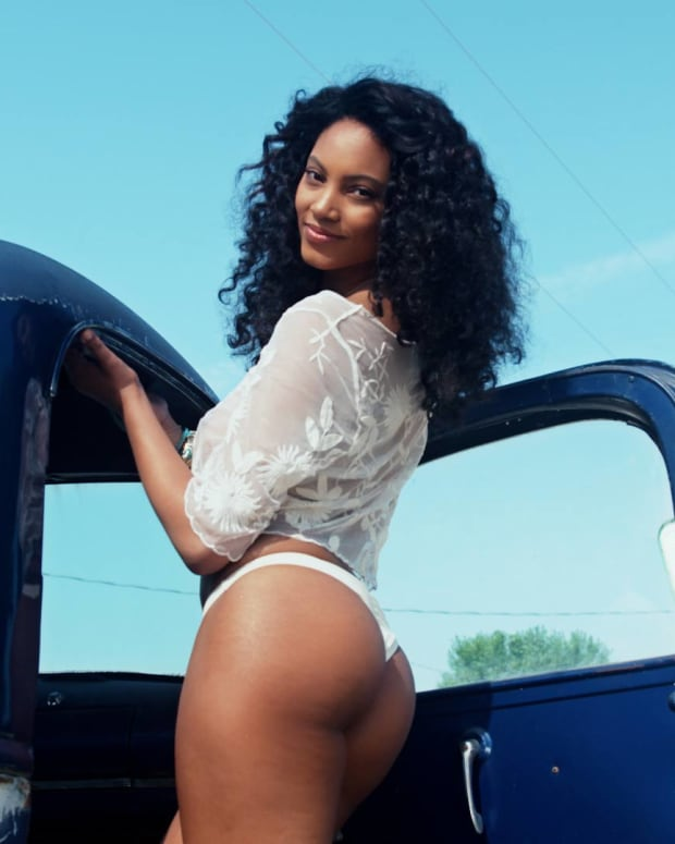Ariel Meredith Swimsuit video 2015 2157889318001_4017914851001_Ariel-Uncovered.jpg