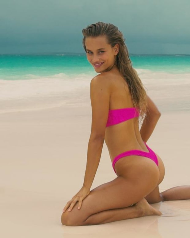 Chase Carter Rolls In The Sand and Gets Wet