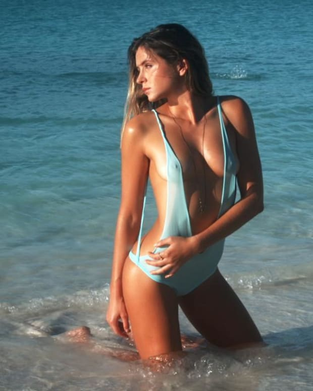 Anastasia Ashley Swimsuit video 2014 2157889318001_4707235393001_2943684149001-vs.jpg