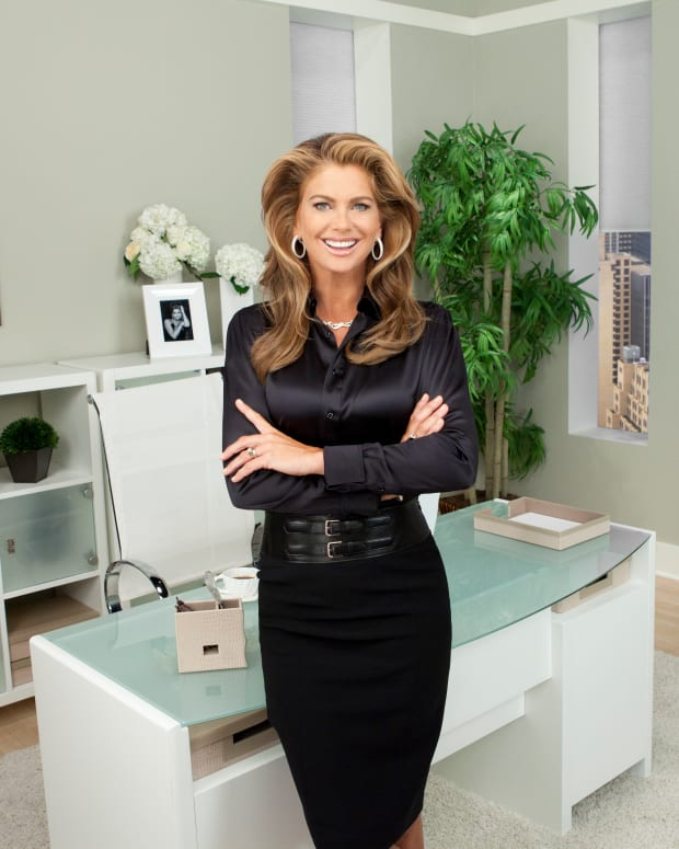 Kathy Ireland_ kathy ireland Office by Bush Furniture_Courtesy of Jon Carrasco