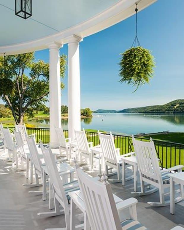 veranda-at-the-otesaga-resort-hotel1