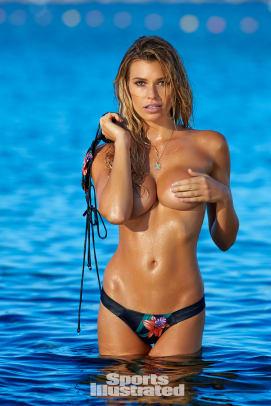 Samantha Hoopes 2016 web X159794_TK2_15942-rawWMFinal1920.jpg
