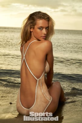 Hannah Ferguson 2014 Swimsuit body paint 6