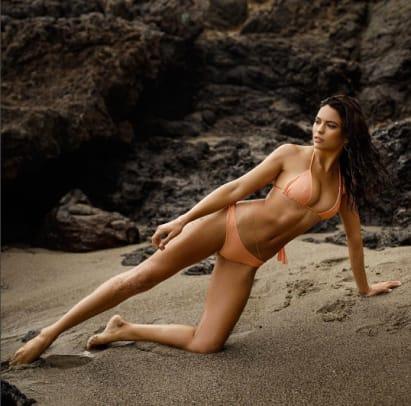 kyra-swims-0629.jpg
