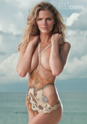 09_brooklyn-decker_bodypainting_01.jpg
