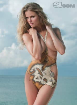 09_brooklyn-decker_bodypainting_02.jpg